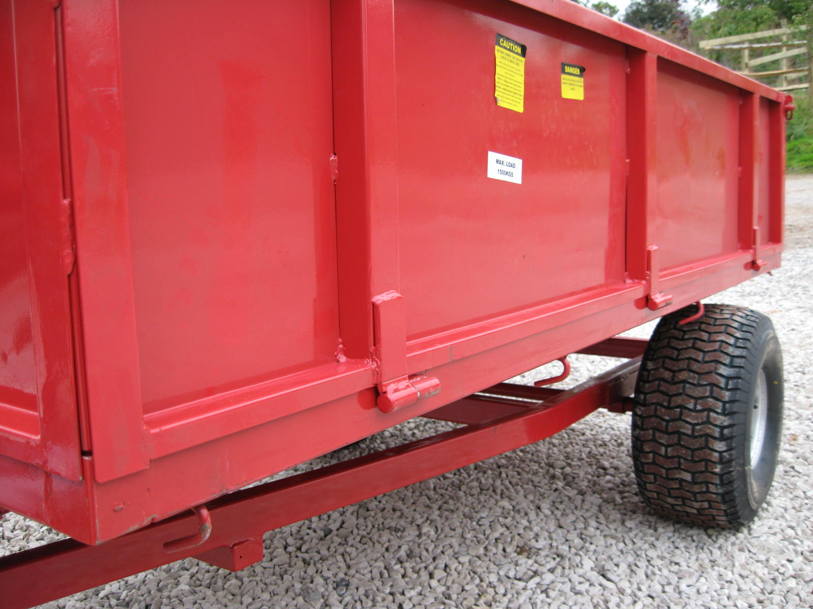 1.0 TON (PAYLOAD) 1.5TON Gross EZ  TIPPING TRAILER